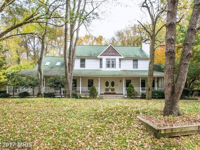 Edgewater Single Family Home For Sale: 670 Hillmeade Road
