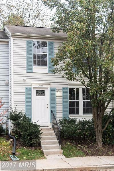 Arnold MD Townhouse For Sale: $299,000