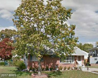 Single Family Home Sold: 302 Wende Way