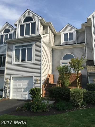 Arnold Townhouse For Sale: 611 Martingale Lane