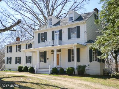 Single Family Home For Sale: 4566 Solomons Island Road