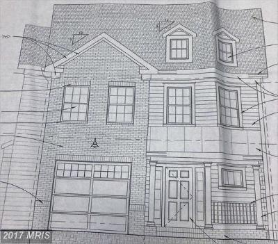 Pasadena Single Family Home For Sale: 691 211th Street
