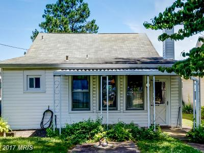 Pasadena Single Family Home For Sale: 1658 Cornfield Road