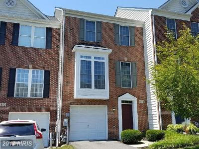 Crofton Townhouse For Sale: 1212 Birchleaf Court