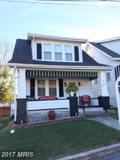 Cumberland Single Family Home For Sale: 518 Regina Avenue