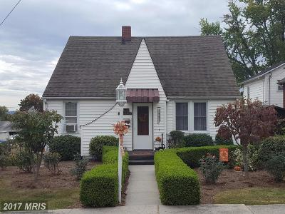 Cumberland Single Family Home For Sale: 707 Arundel Street