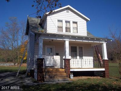 Cumberland Single Family Home For Sale: 601 Sylvan Avenue
