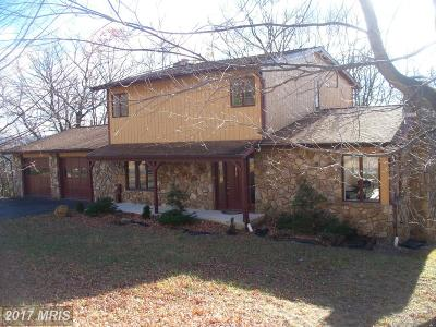 Cumberland Single Family Home For Sale: 900 Eastgate Court