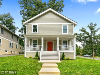 Arlington Single Family Home For Sale: 401 Edgewood Street