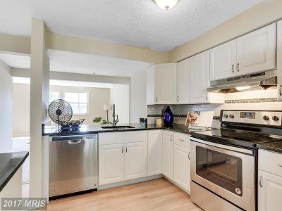 Arlington Townhouse For Sale: 2882 Meade Street