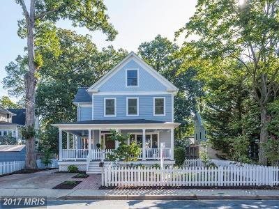 Arlington Single Family Home For Sale: 1305 Nelson Street