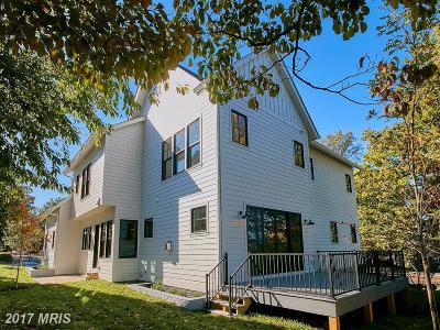 Arlington Single Family Home For Sale: 3313 John Marshall Drive