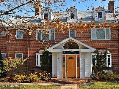 Arlington Single Family Home For Sale: 2343 Meade Street S