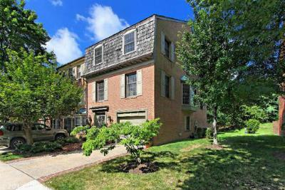 Condo/Townhouse Sold: 2340 Rolfe Street South
