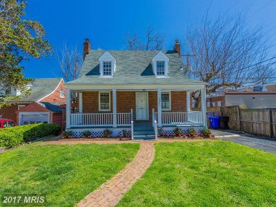 Lyon Village Single Family Home For Sale: 1521 Edgewood Street