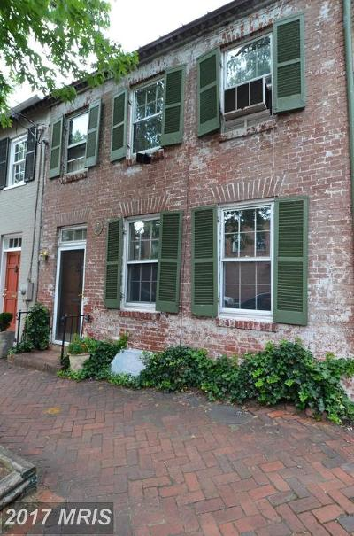 Townhouse For Sale: 319 Queen Street