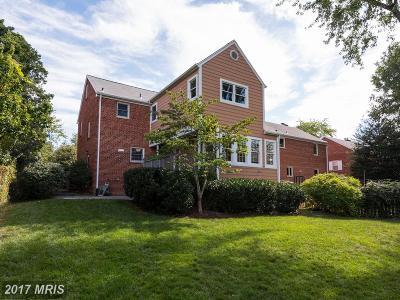 Alexandria Single Family Home For Sale: 2506 Central Avenue