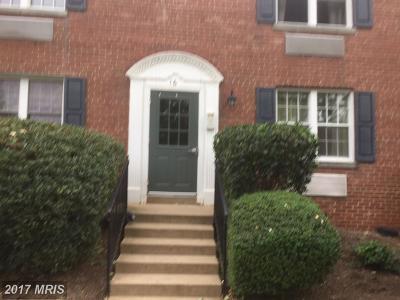 Alexandria Condo For Sale: 16 Auburn Court S #B
