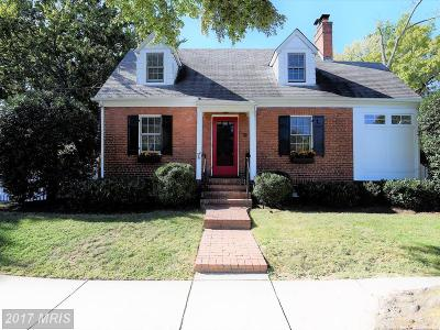 Alexandria Single Family Home For Sale: 506 Little Street