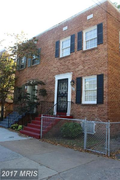Duplex For Sale: 411 Royal Street S
