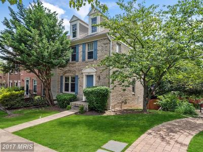 Townhouse For Sale: 1275 Quaker Hill Drive
