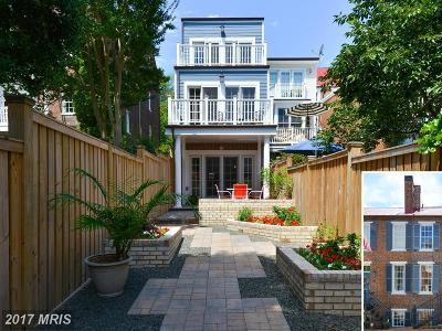 Townhouse For Sale: 214 Lee Street S