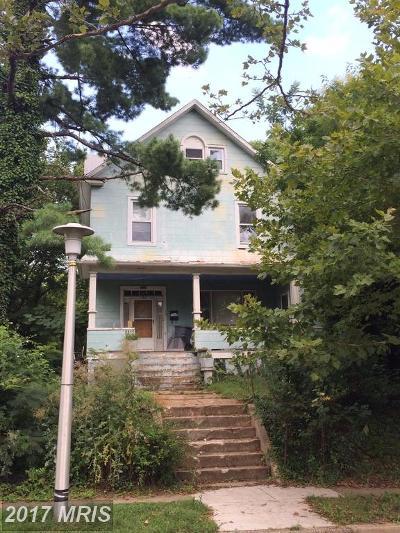 Single Family Home For Sale: 2812 Montebello Terrace