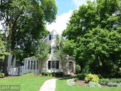 Baltimore Single Family Home For Sale: 332 Saint Dunstans Road