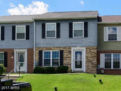 Baltimore Townhouse For Sale: 6 Clearlake Court