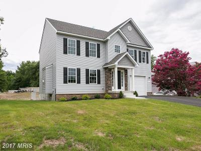 Middle River Single Family Home For Sale: 4 Strawberry Court