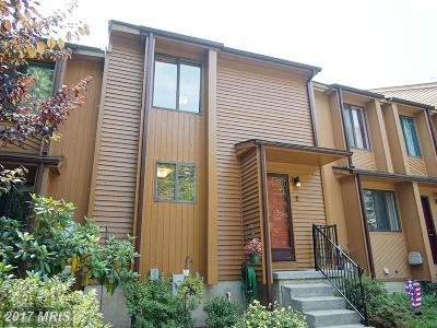 Reisterstown Townhouse For Sale: 11 Glyer Court