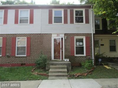 Baltimore Townhouse For Sale: 21 Monhegan Court #28B