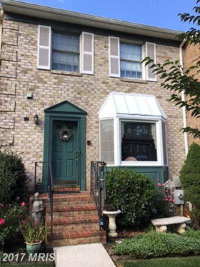 Cockeysville Townhouse For Sale: 34 Cherrywood Court