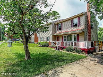 Hunt Valley, Lutherville Timonium Single Family Home For Sale: 216 Cinder Road