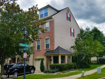 Townhouse For Sale: 1 Bank Spring Court