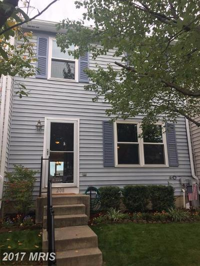Baltimore Townhouse For Sale: 208 Oak Leaf Way