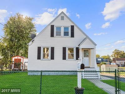 Baltimore Single Family Home For Sale: 547 Bayside Drive