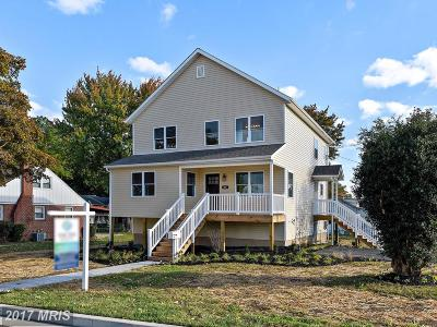 Back River Highlands, Back River Neck, Eastern Terrace, Edgewater, Essex, Holly Neck, Hopewell Pointe, Hyde Park, Macelee, Marlyn Terrace, Middleborough, Middlesex, Riverwood Park, Rockaway Beach, Waterview Single Family Home For Sale: 201 Stuart Street N
