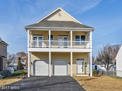 Back River Highlands, Back River Neck, Eastern Terrace, Edgewater, Essex, Holly Neck, Hopewell Pointe, Hyde Park, Macelee, Marlyn Terrace, Middleborough, Middlesex, Riverwood Park, Rockaway Beach, Waterview Single Family Home For Sale: 1535 Galena Road