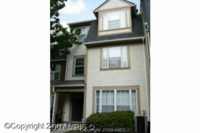 Condo/Townhouse Sold: 8814 Gilly Way #8814
