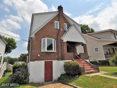 Parkville Single Family Home For Sale: 7811 Wilson Avenue