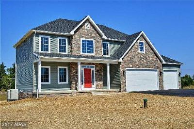 Martinsburg Single Family Home For Sale: 5 Ridge Rd