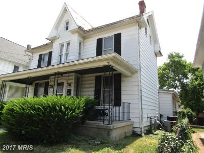 Martinsburg WV Single Family Home For Sale: $59,900