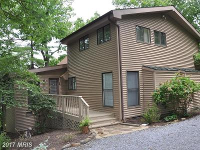 Hedgesville Single Family Home For Sale: 231 Rising Sun Road