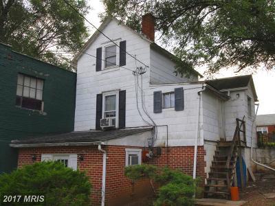 Martinsburg Multi Family Home For Sale: 632 Winchester Avenue