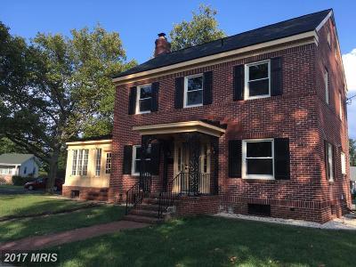 Martinsburg Single Family Home For Sale: 109 Alabama Avenue N