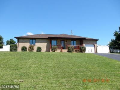 Martinsburg Single Family Home For Sale: 121 Brenda Drive