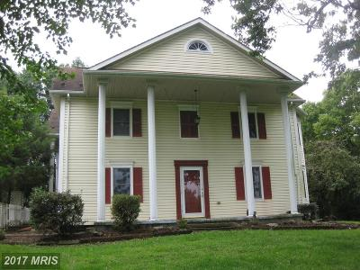 Martinsburg Single Family Home For Sale: 236 Iris Drive