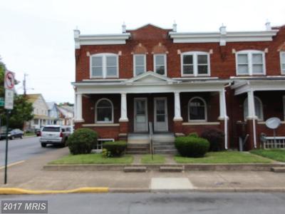 Martinsburg Multi Family Home For Sale: 742 King Street