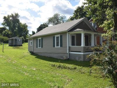 Martinsburg Single Family Home For Sale: 631 Third Street